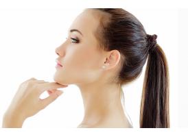 耳垂小用自体脂肪丰耳垂的效果好吗