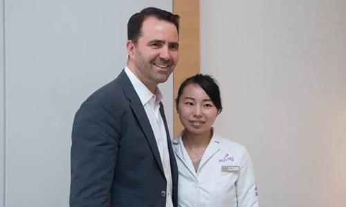上海美莱注射科的孙菁菁医生与Dr.Vince Bertucci
