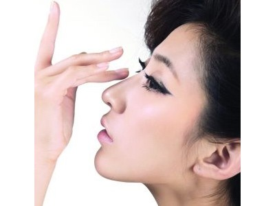 鼻小柱延长用什么假体好
