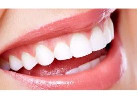 洗牙真的能让牙齿变白