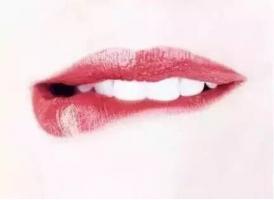 玻尿酸打嘟嘟唇需要多少钱
