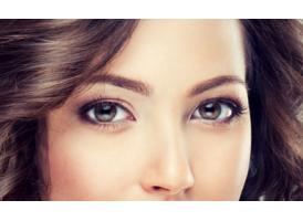 卧蚕眼是天生就有的吗,要怎么区分卧蚕与眼袋