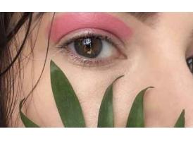 美莱割双眼皮手术要多少钱啊?