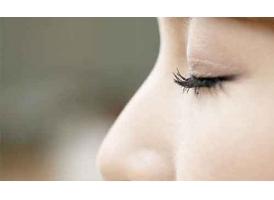 美莱医生告诉您:选择肋软骨隆鼻有四点优势!