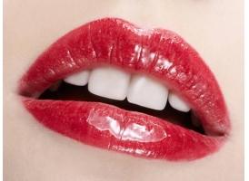 上海做丰唇整形,使用玻尿酸注射丰唇大约需要多少钱