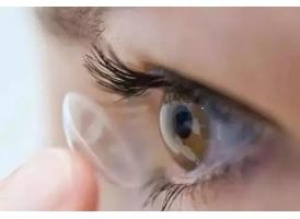 割了双眼皮多久可以带美瞳 魅力四射的自己