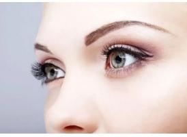 祛眼袋手术后如何快速消肿 选择不当毁眼睛